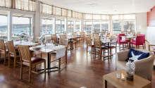 Restaurant Storm har plads op til 150 personer, og menukortet byder på skønne fiskeretter og årstidernes råvarer.