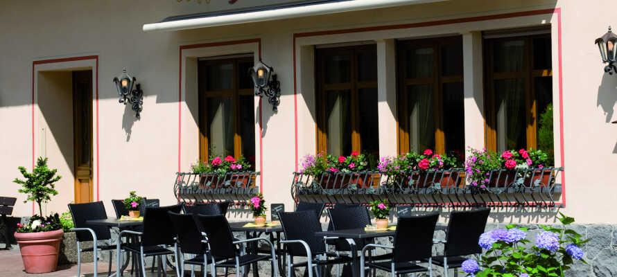 Hotellet har en hyggelig atmosfære, og giver jer behagelige rammer under opholdet.