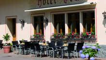 Det familiedrevne hotel tilbyder rolige og behagelige rammer for en aktiv ferie i Löf.