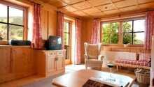 Det charmiga hotellet är inrett i en typisk österrikisk stil.