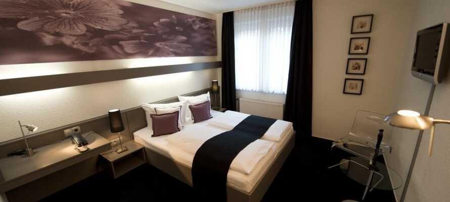 Här erbjuds ni bekvämt boende i moderna och ljudisolerade rum.