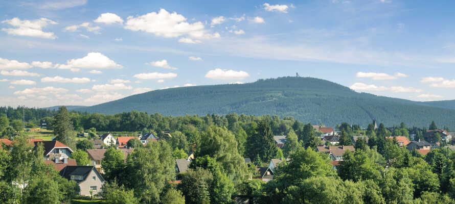 Brocken er naturligvis et must under en ferie i Harzen, men oplev også kulturelle seværdigheder såsom slottet i Wernigerode.
