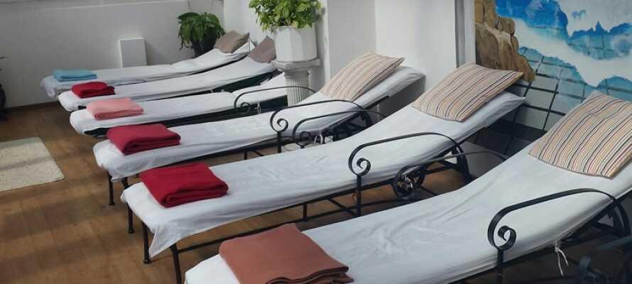 Efter vandreturen eller andre aktiviteter, er det helt oplagt at slappe af i hotellets lækre wellnessområde.