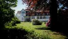 Velkommen til Berghotel Hahnenklee som ligger i flotte grønne omgivelser i Oberharzen.