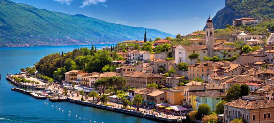 Limone sul Garda har ett suveränt läge vid Gardasjön.
