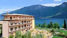 Hotel Garda Bellevue ligger vackert beläget precis vid Gardasjön