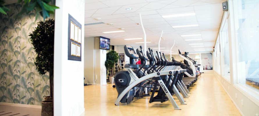 Hold dere i form på ferien i Sveriges største hotelltilhørende fitnessenter.