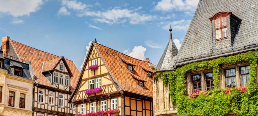 Quedlinburg finns med på UNESCOs världsarvslista och är ett spännande resmål för en bilsemester