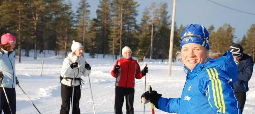 På vintern ordnar hotellet många aktiviteter i snön, både med och utan skidor.
