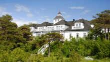 Velkommen til det historiske sydnorske badehotel, Langesund Bad, som ligger tæt på havet og Oslo-fjorden.
