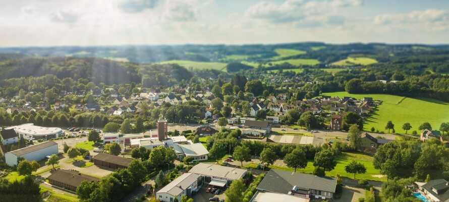 Gummersbach liegt inmitten der schönen Gegend des Bergischen Landes, wo sich ganzjährig eine Menge an Naturerlebnissen anbieten.