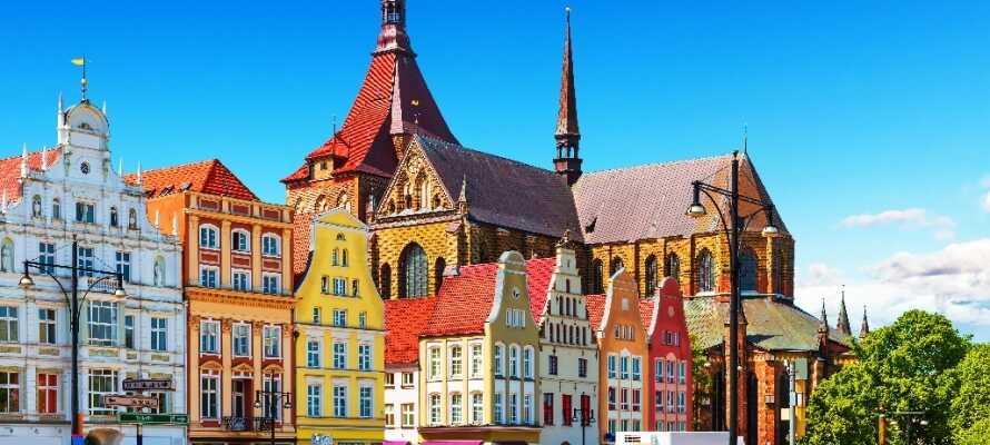 Rostock byder på autentisk bystemning, kultur og unge studerende. Der er masser af oplevelser i byen.