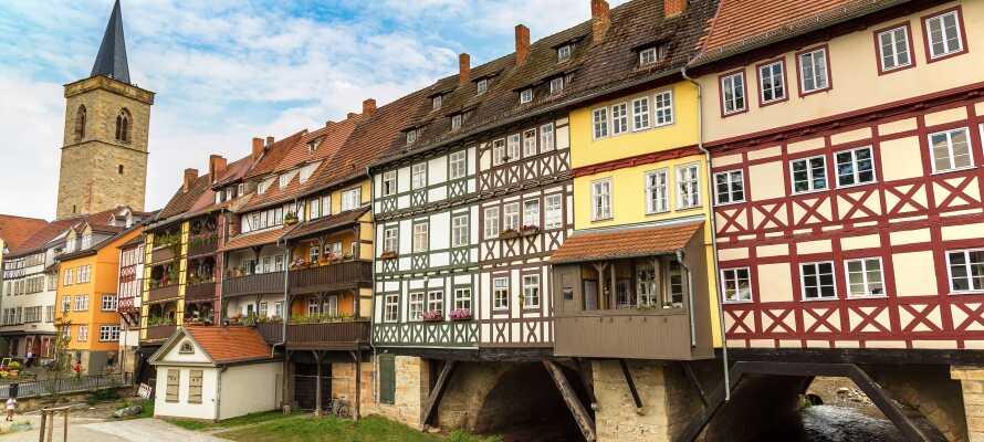 Weimar er en yderst charmerende, by hvor det traditionelle møder det moderne, og hvor I finder en lang række teatre.