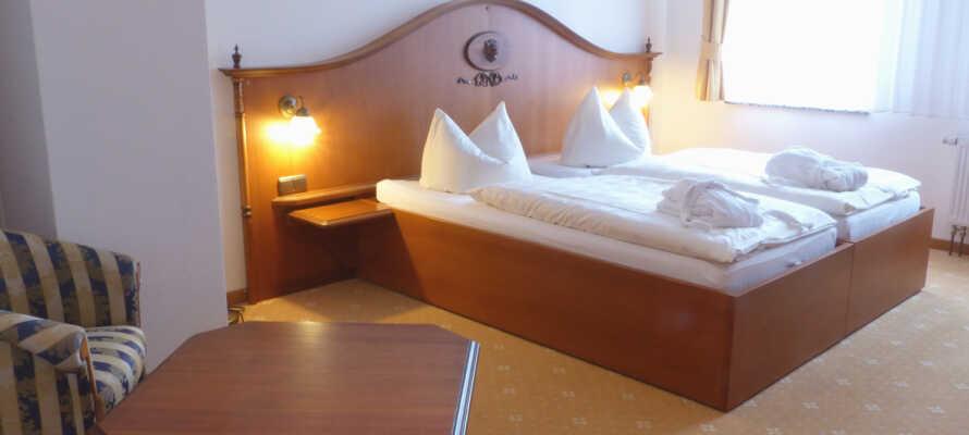 Här inkvarteras ni i klassiskt och bekvämt inredda rum.