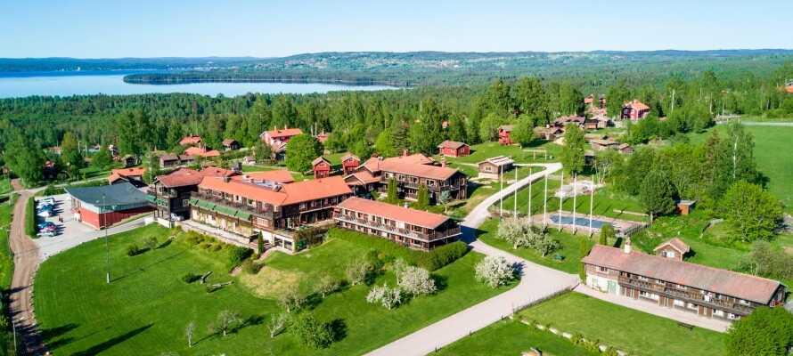 Velkommen til Green Hotel Tällberg som har en vakker beliggenhet ved Siljan-sjøen.