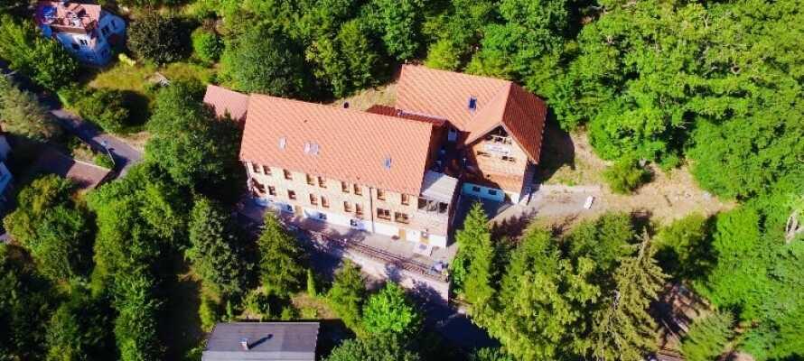 Hotellet ligger i Bodental mitt i Harzens natursköna omgivningar.