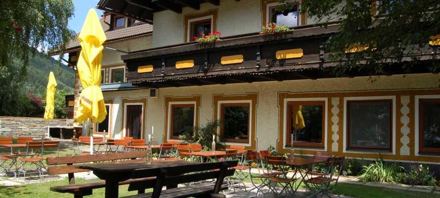 Landhaus Lungau ligger 1.050 meter over havets overflate, i den sørlige delen av delstaten Salzburg.