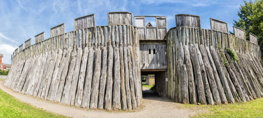 I har gåafstand både til Trelleborg Slot og til byens smukke centrum, som byder på mange museer og gode shoppingmuligheder.