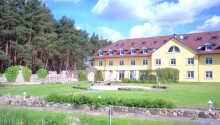 Fra hotellet er der ikke langt til en lang række udendørs aktiviteter.