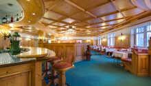 Der serveres morgenmad i hotellets restaurant.