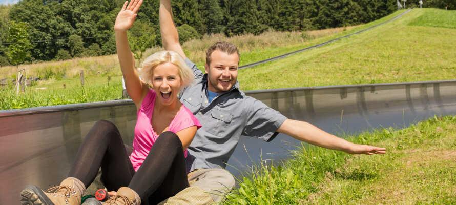 Sommerslæden i Bruchhausen er en oplevelse for alle familiemedlemmer. Føl suset i maven og nyd udsigten.