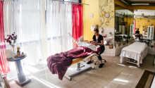 Der er mulighed for at bestille massage- og spabehandlinger.