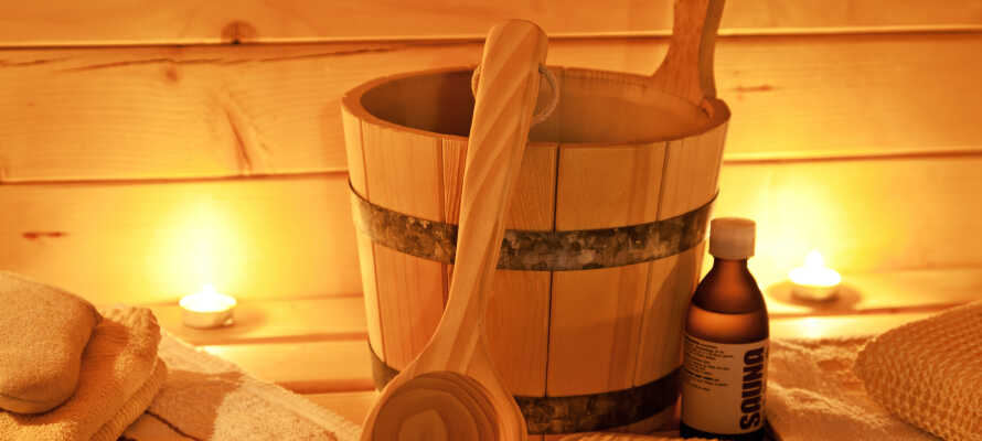 Das Hotel hat für Ihre Entspannung und Erholung auch einen gemütlichen Ruhebereich mit Sauna und Fitnessraum.