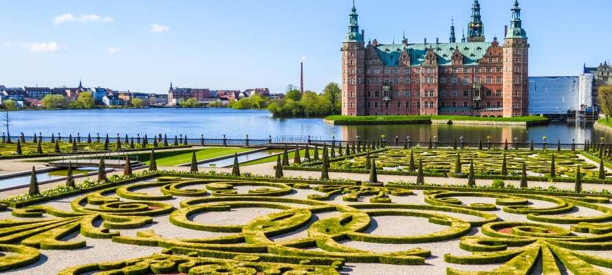 Dra på utflukt og opplev f.eks. Fredensborg Slott, eller ta en tur til Helsingborg på den andre siden av sundet.