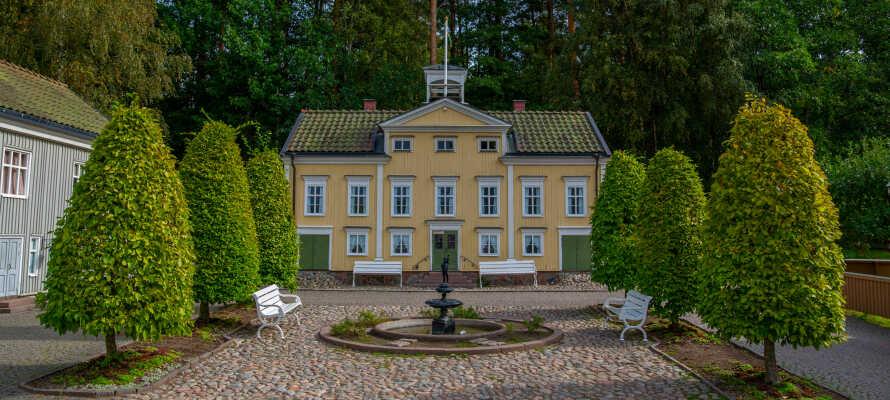 Från Elsabo Herrgård är det nära till Vimmerby och Astrid Lindgrens värld för er som reser med barn.