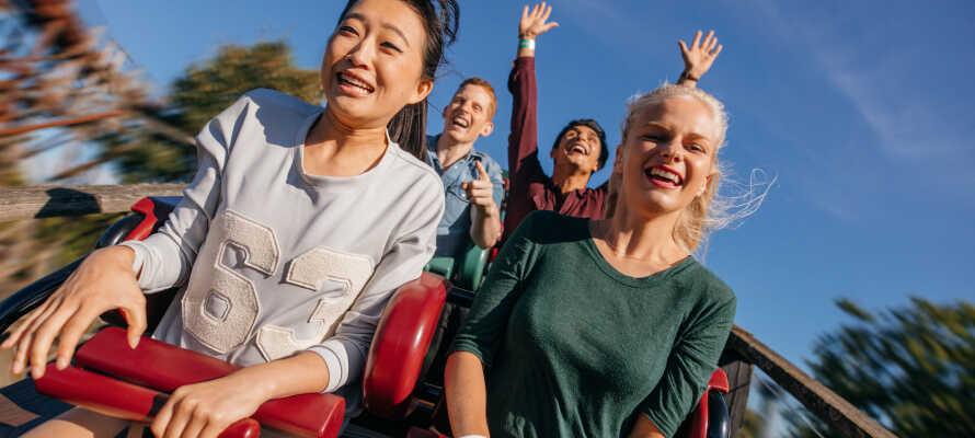 Passa på att spendera en rolig dag på Nordens största nöjespark, Liseberg.