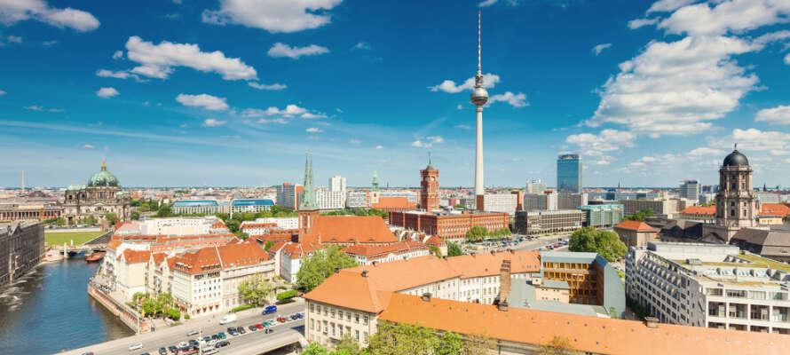 Åk på en härlig storstadssemester till Berlin och bo på ett prisvärt och modernt hotell.