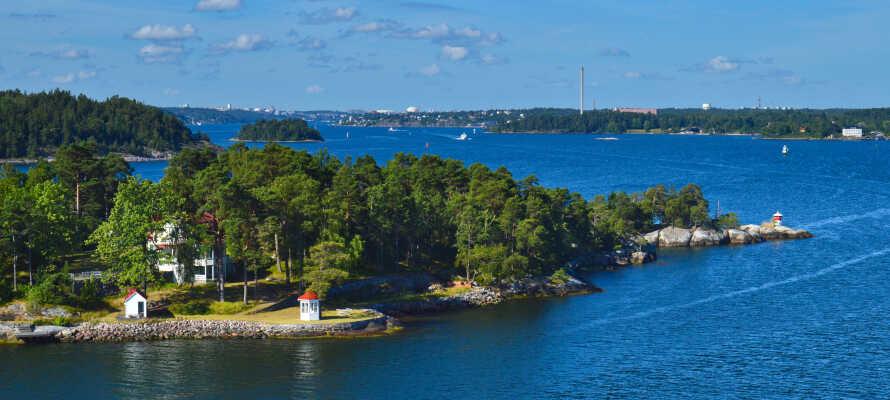 Gå en tur ned til bådede som tager jer med ud i den fantastiske stockholmske skærgård.