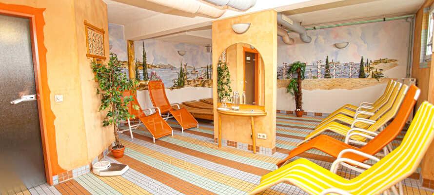 Der er både sauna og wellness, så ferien kan bestemt også være afslappende.