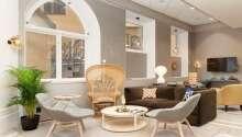 Hotellets interiør gir en følelse av luksus i det historiske miljøet.