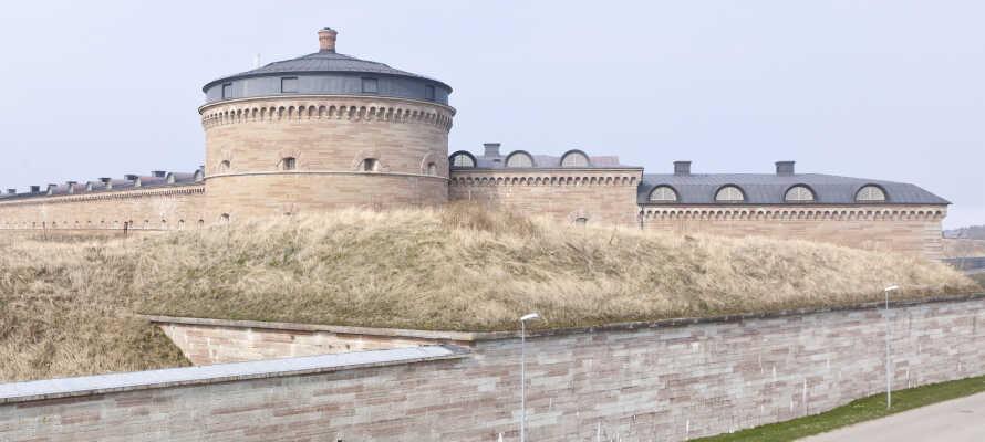 Vom Hotel aus kommt man auf einem kurzen Spaziergang zur Karlsborgfæstningen