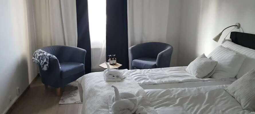Genießen Sie einen wunderbaren Urlaub in neu renovierten Zimmern mit wunderbarer Aussicht.