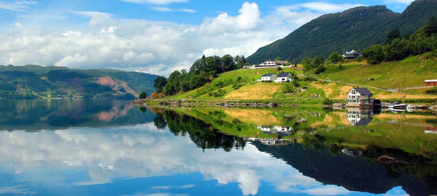 Unna er en semester i ett naturskönt landskap, bland frodig vildmark, vackra fjäll och inte minst fjorden.