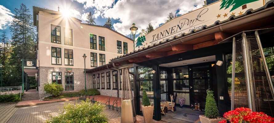 Das Hotel Tannenpark befindet sich in hervorragender Lage am Rande des wunderschönen Harzes.
