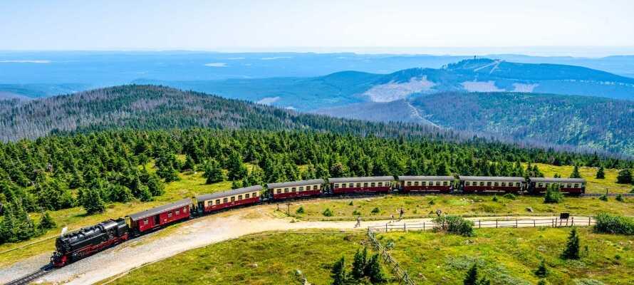 Ta en tur til Brocken, med den berømte smalsporede jernbanen.