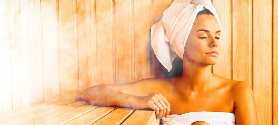 Under opholdet har I fri adgang til hotellets sauna og fitnessområde.