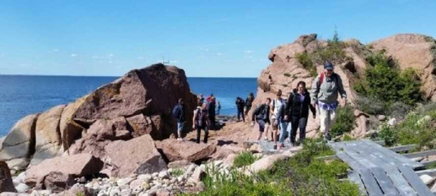 """Udforsk og oplev Kalmars smukke skærgård og nationalparksøen, """"Blå Jungfrun""""."""