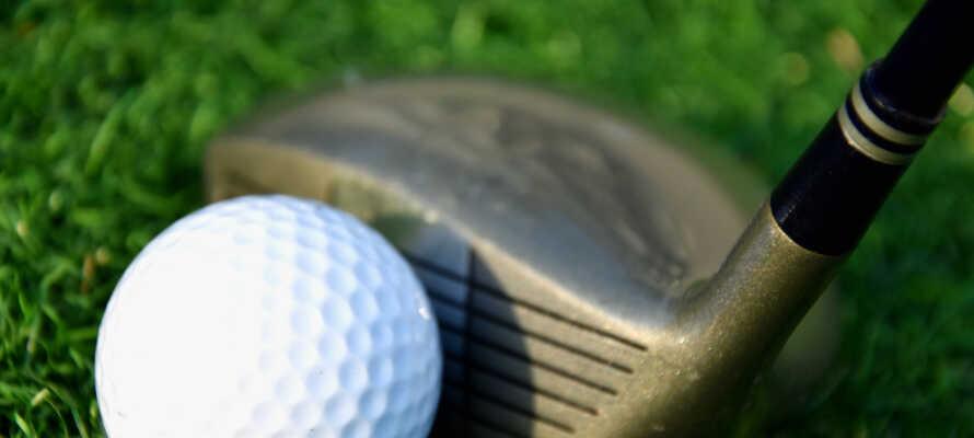 Hotellet tilbyr en alle tiders base for golfspillere, med hele tre golfbaner innenfor kort avstand.