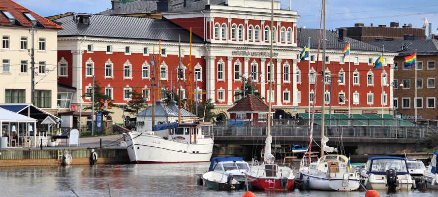 Besøk Jönköping, som byr på alt fra shopping og restauranter til museer og severdigheter.