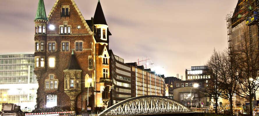 Fra hotellet har I bare en times kørsel til Hamburg - den smukke hanseby er bestemt turen værd!