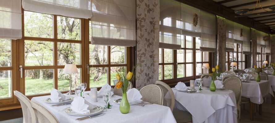 Nyd afslappende stunder i restauranten, og skønne retter fra det alsaciske køkken, tilberedt med lokale råvarer.
