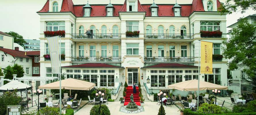 Nyt en romantisk badeferie i Heringsdorf, på det 4-stjernede slottshotellet SEETEL Hotel Esplanade.
