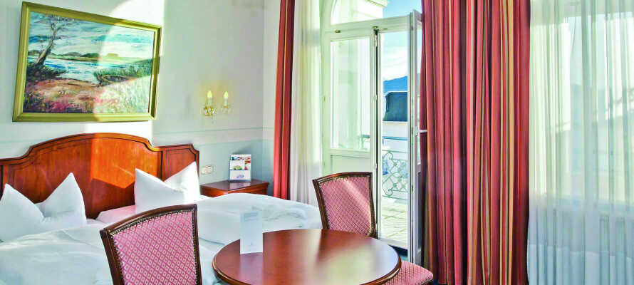 De rymliga och eleganta rummen erbjuder en bekväm bas och god sömn.