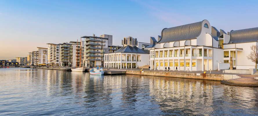 Fra hotellet i Ängelholm, har dere kun en kort kjøretur til vakre Helsingborg, som byr på massevis av spennende severdigheter.
