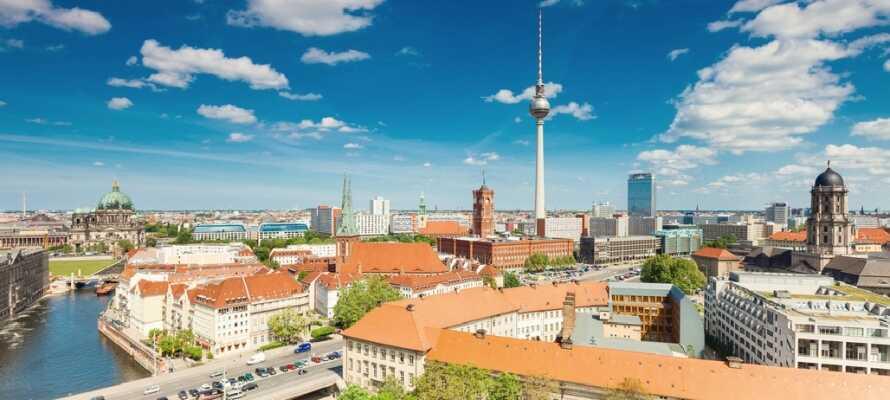 Berlin ist die Hauptstadt, die sehr viele kulturelle, historische und gastronomische Erlebnisse bietet.