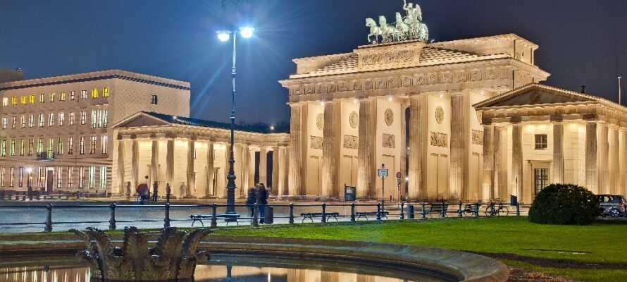 Das Brandenburger Tor ist das letzte verbliebene Stadttor in Berlin und eine der beeindruckendsten Sehenswürdigkeiten der Stadt.
